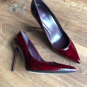 Stuart Weitzman Nouveau Patent Leather Pump